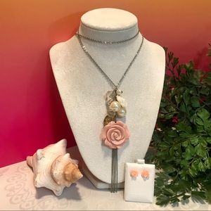 Jewelry - Charm necklace set